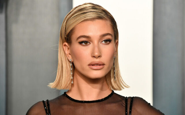 Hailey Baldwin slams plastic surgery rumors: 'I've never touched my face'